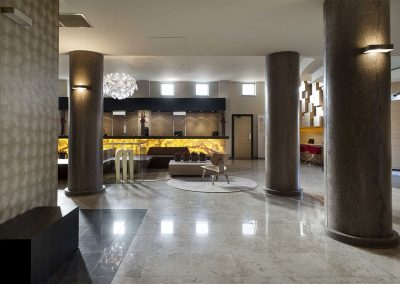 Lobby - M Hotel